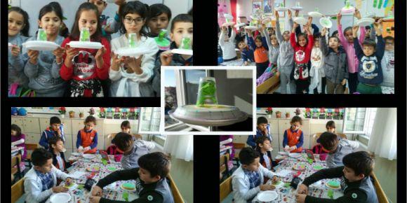 Çanakkale Merkez Atatürk İlkokulu 3-B Sınıfına Uzaylılar geldi