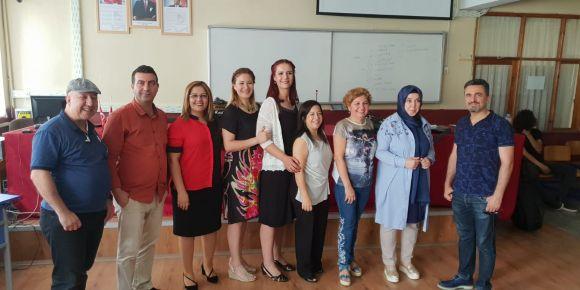 Çukurova Elektrik Mesleki ve Teknik Anadolu Lisesi İngilizce Günü Kutlaması
