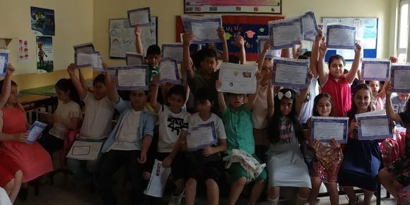 Feriköy Necdet Kotil İlkokulu Duvarsız Sınıflarda öğrendi