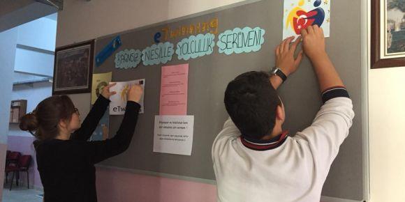 Bağımsız Nesille Yolculuk Serüveni Isparta Halıkent Anadolu Lisesinde devam ediyor.