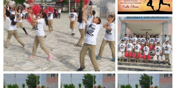 19 Mayıs Atatürk'ü Anma Gençlik ve Spor Bayramını coşku ile kutladı