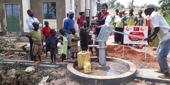 Selahaddin Eyyubi Anadolu Lisesi'nden Afrika'ya Su Kuyusu