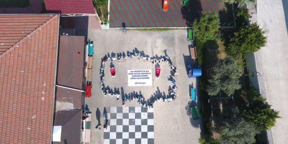 Minik kalplerden Afrin'e mektup var