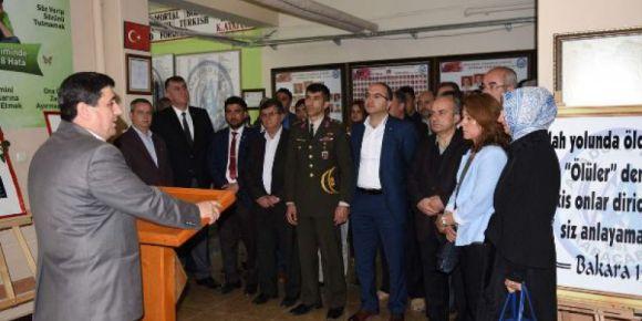 Karacabey Anadolu Lisesi Karacabey şehitlerini bir kez daha anıyor