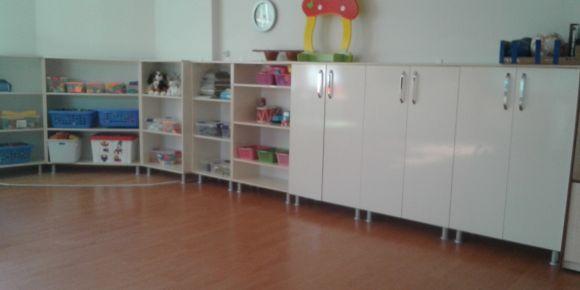 Şehit öğretmen Elif Livan anaokulu sınıf dolaplarını yeniliyor