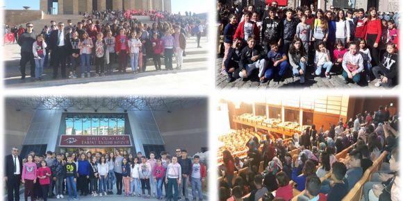 Kale Ortaokul öğrencileri ve öğretmenleri Atamızın huzurunda