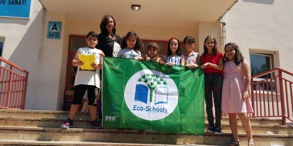Yeşil bayrak dördüncü kez okulumuzda dalgalanıyor