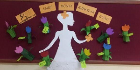 Minikler Dünya Kadınlar Günü'nü kutladı