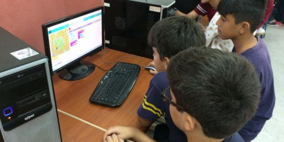 Oğuzhan Ortaokulu değerlerini kodluyor