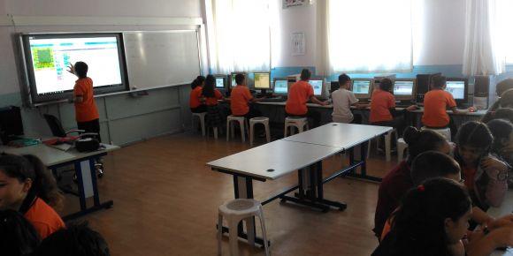 Selçuk Özsoy Ortaokulu kodluyor
