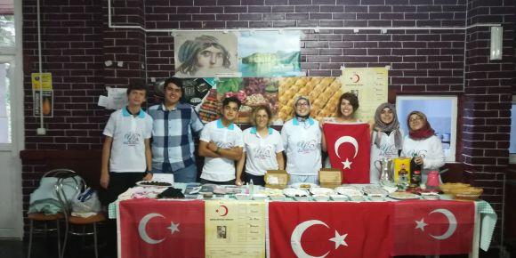 Romanya'daki el sanatları projesinde Türk makromesi