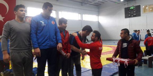 Güreşte gururumuz öğrencimiz Doğan Duran Türkiye Finallerinde