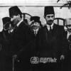 Atatürk, Askeri Birlik Mustafa Kemal'i Selamlıyor
