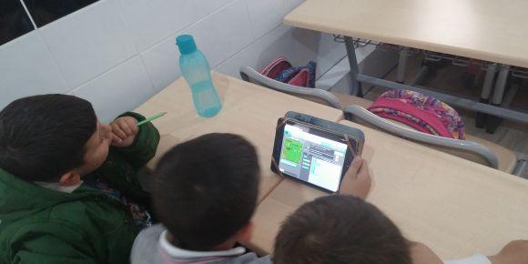 Geyikli İlkokulu geleceği ve değerlerini kodluyor