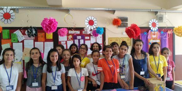 Kızlan ilkokulu ve ortaokulu öğrencileri bir projeyi daha başarı ile tamamladılar