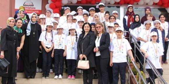 Çiftlikköy'de öğrencilerden Bilim Fuarı şenliği