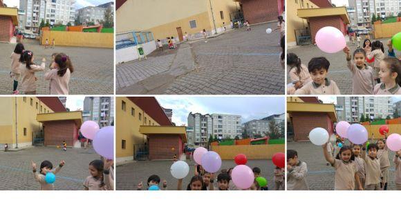 Balonlarla oynuyoruz