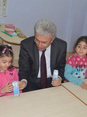 Artvin'de 2. Eğitim Ve Öğretim Dönemi, Okul Sütü Dağıtımıyla Başladı
