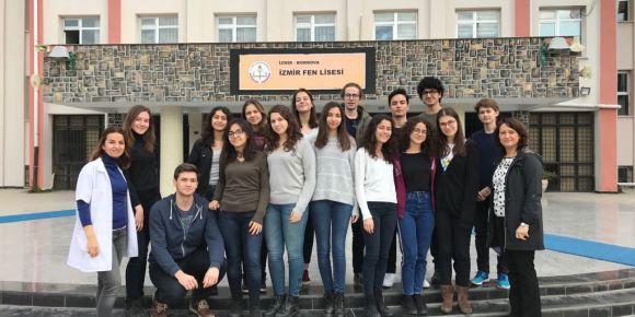 """İzmir Fen Lisesi """"Sofi'nin Dünyasına Yolculuk"""" eTwinning projesi devam ediyor..."""