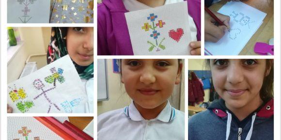 Afet İnan Ortaokulu bilgisayarsız kodlama etkinlikleri