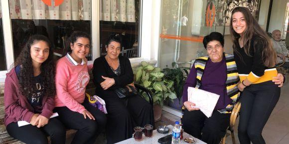 Hacı Zarife Çelebi Aygar Anadolu Lisesi yaşlılarımıza ziyaret