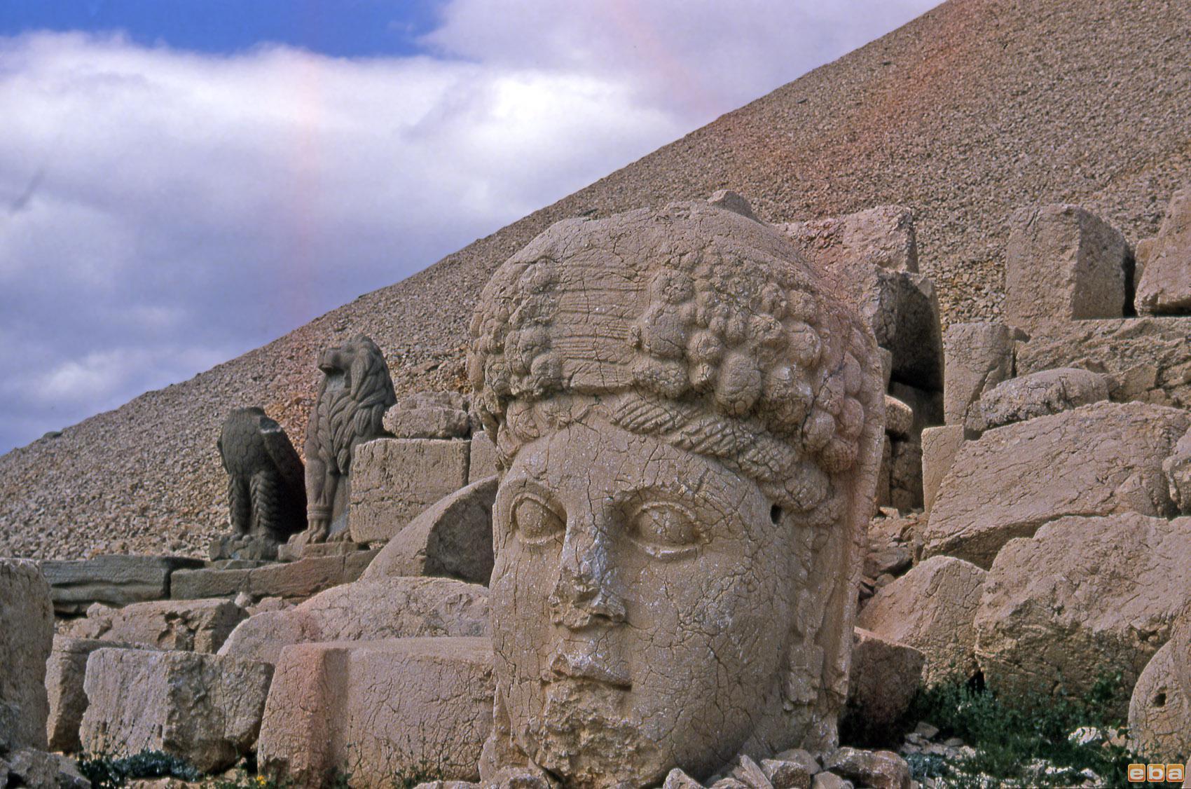 Nemrut Dağı, Adıyaman, 1973 - 19 Aralık 2013  Görsel ...