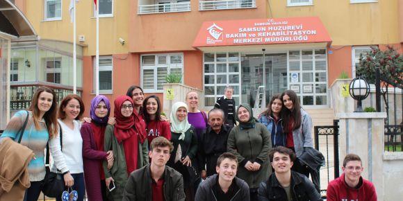 Samsun Huzurevi bakım ve rehabilitasyon merkezine anlamlı ziyaret