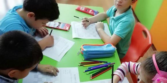 Fatih İlkokulu Öğrencileri Kolları Kodlama İçin Sıvadılar