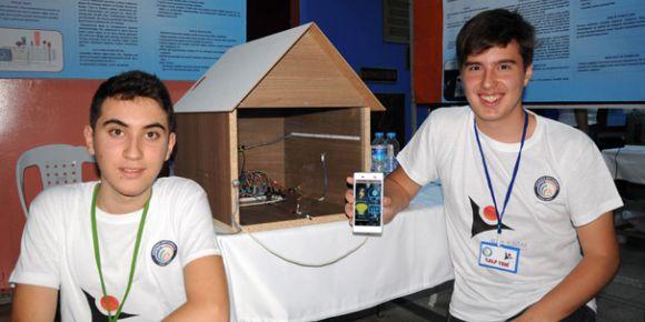 Harçlığı ile 200 liraya akıllı ev sistemi üretti