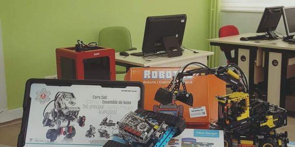 Robotik kodlama ve 3D tasarım atölyesi Feride-Ahmet Şener Ortaokulunda hizmete girdi