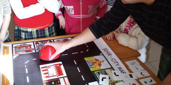 Edebey İlkokulu, eTwinning proje çalışmalarına devam ediyor.