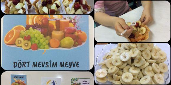 Meyve canların Meyve Salatası Günü