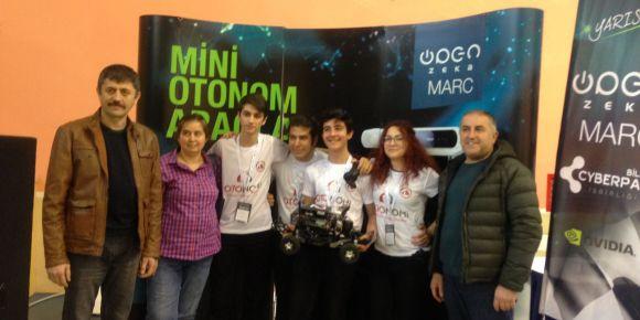 Çankaya Ayhan Sümer Anadolu Lisesi Otonom Araç Yarışmasında birinci oldu