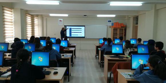 Öğrencilere Eba tanıtım semineri