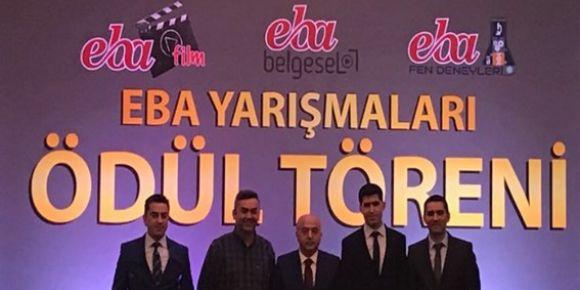 Bursa -Yıldırım Güzide Hafız Kız Anadolu İmam Hatip Lisesi Türkiye 3.oldu.