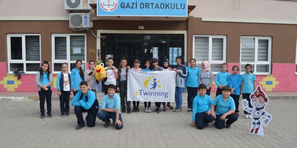 """Postcard European Exchange for 10-15 Years Old Kids"" eTwinning projemiz"