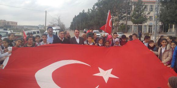 Yavuz Sultan Selim Ortaokulu Afrin'e giden Mehmetçikle