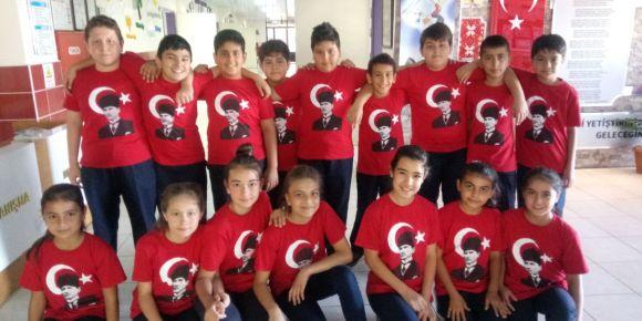 Osmaniye Remzi Özer Yatılı Bölge Ortaokulu 19 Mayıs Töreni