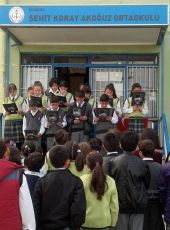 Isparta Şehit Koray Akoğuz Ortaokulu Atamızı Andı