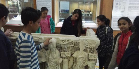 Karaman İmaret Ortaokulu Öğrencilerinden Karaman Müzesini ziyareti