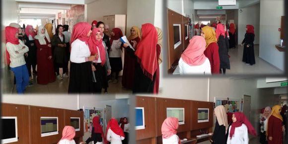 Abdulhamithan Kız Anadolu İmam Hatip'te dijital öğrenci temsilcisi seçimi
