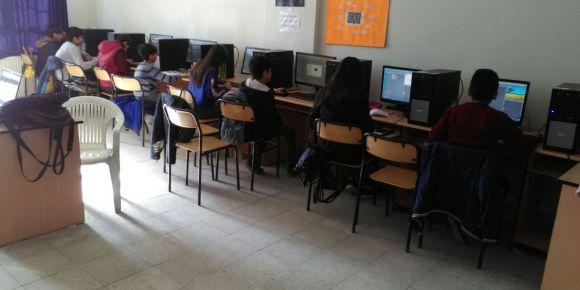 Öğrencilerimiz kendi yazılımını kendi kodluyor