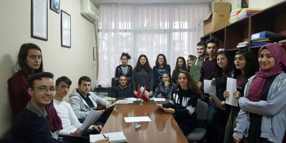İstanbul Kadıköy Lisesi'nde Tubitak çalışmaları