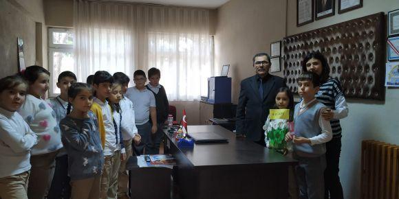 Çeltikçi İlkokulu 4-A sınıfından okul müdürüne ziyaret