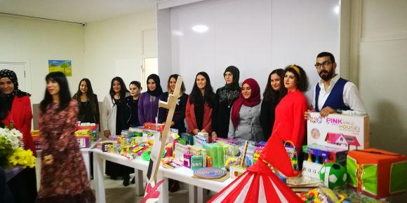 Kumluca Sınav Koleji okulumuza materyal yardımı yaptı