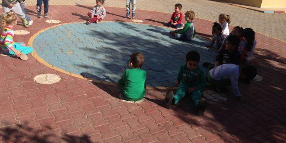 """Antalya-Vilayetler Hizmet Birliği ana okulu eTwinning """"elim sende"""" projesi"""