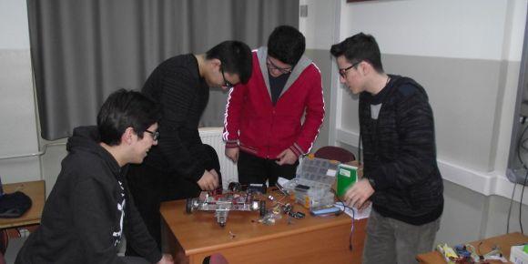 Robot çalışmalarımız devam ediyor