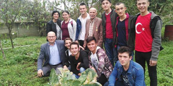Kore Gazisi Hüseyin Yüre dedemizi ziyaret ettik.