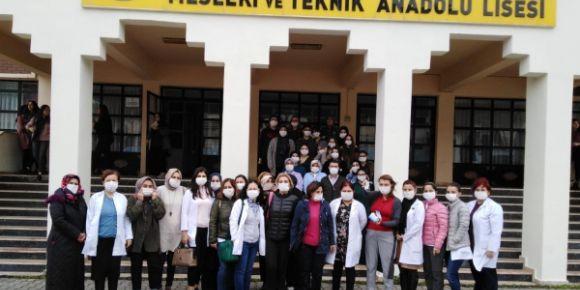 Toki Atakent MTAL Öğretmenleri Lösemiye Karşı 1´iz Projesine Destek İçin Birarada