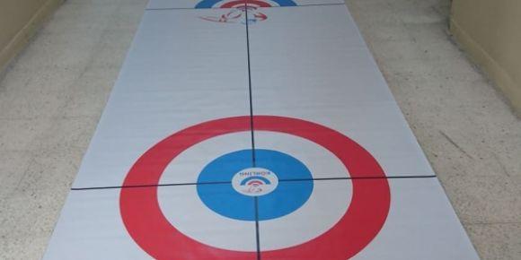 Curling ile Strateji Oyunu